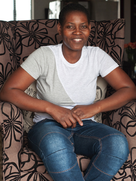Thembani Vela / activista intersex