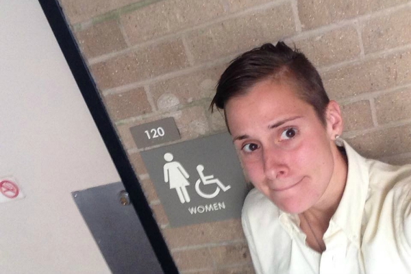 Womens-Bathroom-Featured