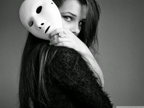 mascara.jpg